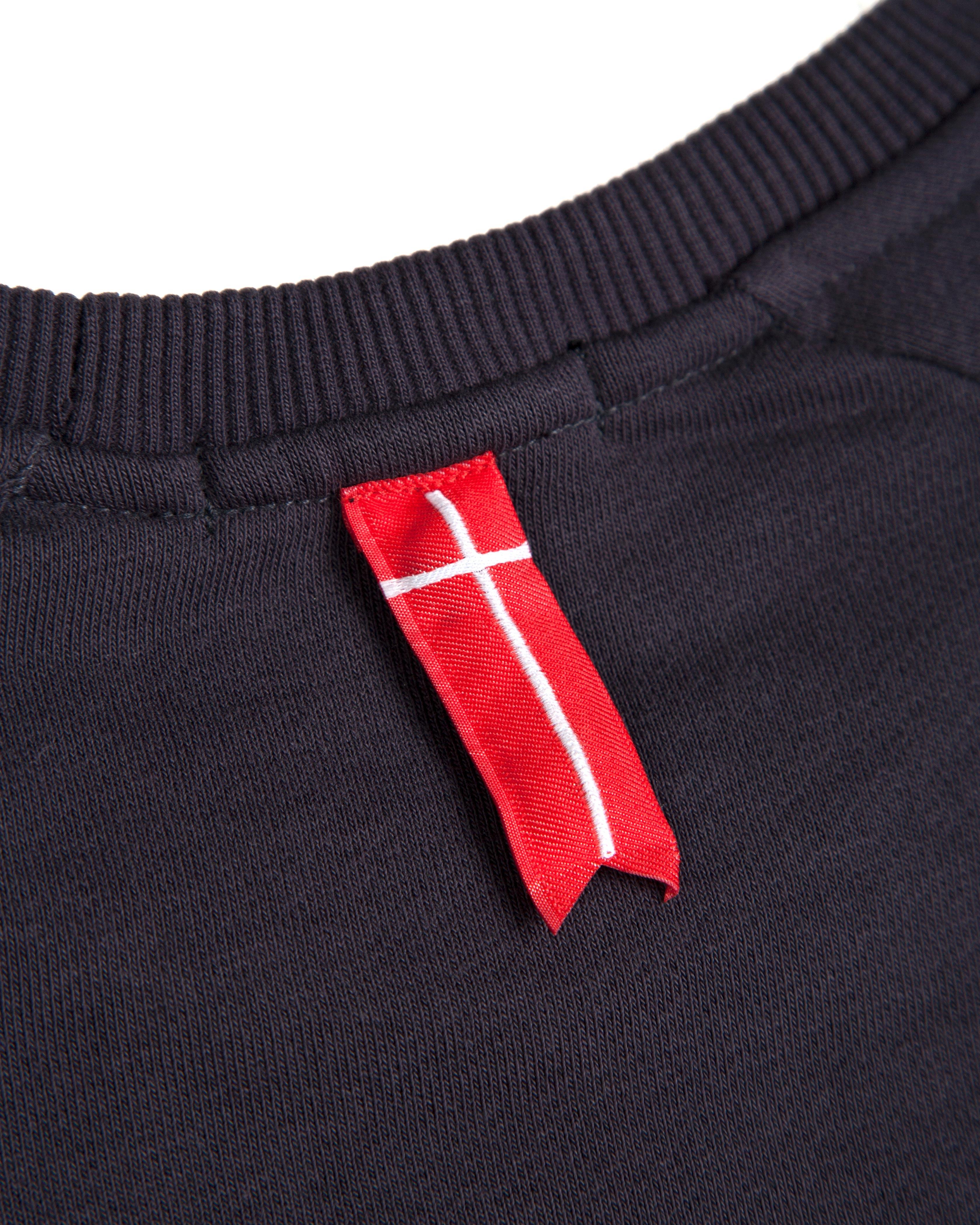 Свитшот Sonner Af Vinden Graphite Red Signs