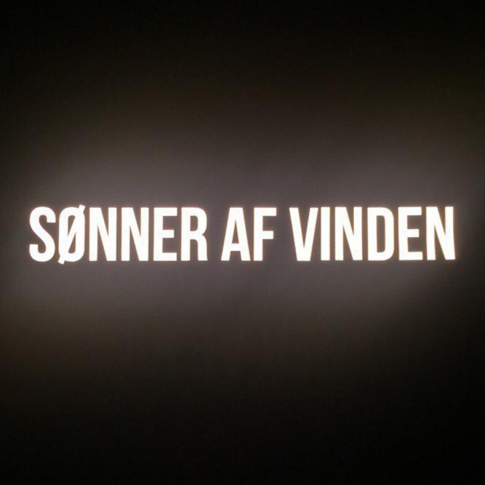 Толстовка Bar Logo Reflective Black Sonner af Vinden