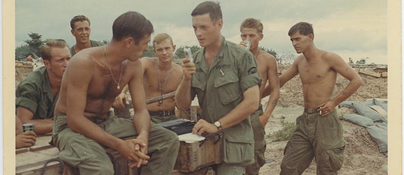 FEATURED_Vietnam-War-Photographers